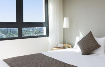 Pacific International Suites Parramatta - Accommodation Main Beach