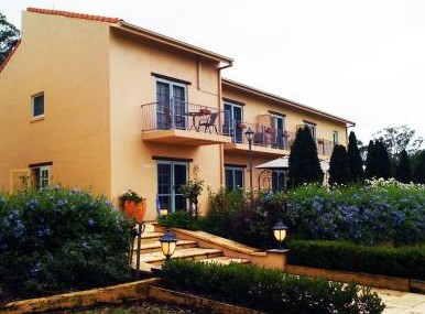 Villa Provence - Accommodation Main Beach