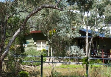 Emu Holiday Park - Accommodation Main Beach