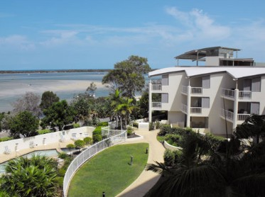 Moorings Beach Resort - Accommodation Main Beach