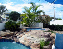 Estoril On Moffat Holiday Apartments - Accommodation Main Beach