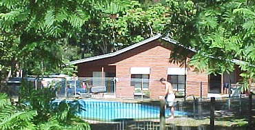 Glass House Mountains Holiday Village - Accommodation Main Beach