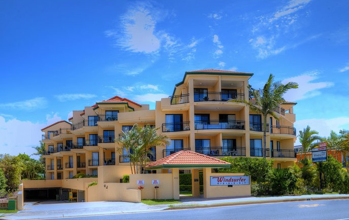 Windsurfer Resort - Accommodation Main Beach