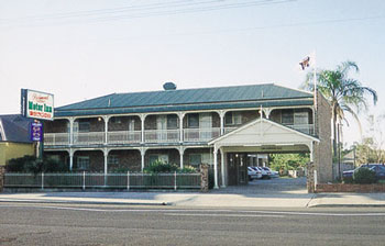 Richmond Motor Inn - Accommodation Main Beach