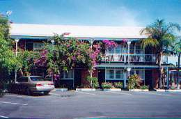 Mineral Sands Motel - Accommodation Main Beach
