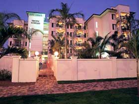 Tropic Towers Apartments - Accommodation Main Beach