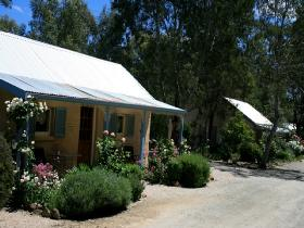 Riesling Trail Cottages - Accommodation Main Beach