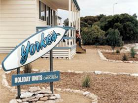 Yorke's Holiday Units - Accommodation Main Beach