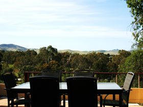 Barossa Vista - Accommodation Main Beach