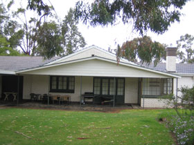 Naracoorte Cottages - Pinkerton Hill - Accommodation Main Beach
