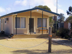 Seabreeze Accommodation - Accommodation Main Beach