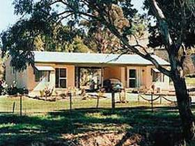 SunnyBrook Bed and Breakfast - Accommodation Main Beach