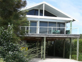 Sheoak Holiday Home - Accommodation Main Beach