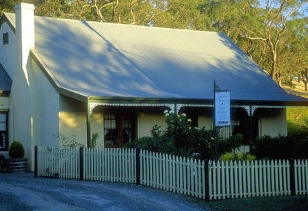 Country Pleasures Bed and Breakfast - Accommodation Main Beach