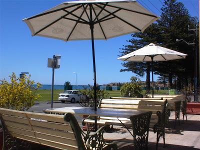 Anchorage at Victor Harbor Seafront Hotel - Accommodation Main Beach