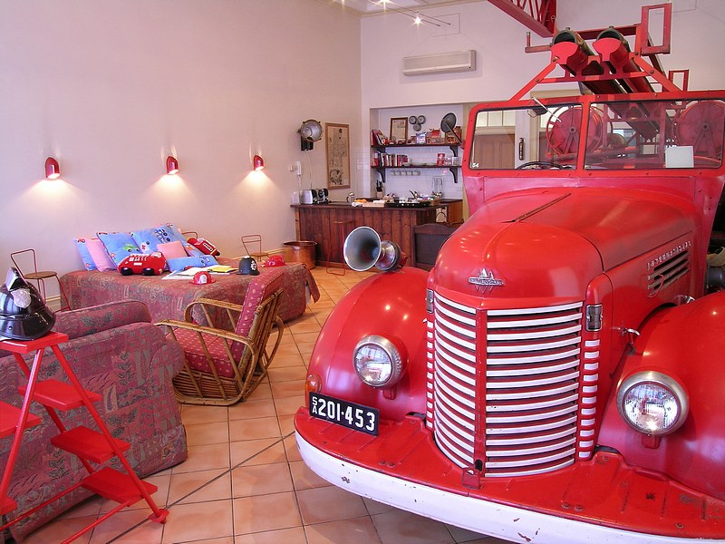 The Fire Station Inn - Fire Engine Suite - Accommodation Main Beach