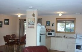 Lenmar Park Bed and Breakfast - Accommodation Main Beach