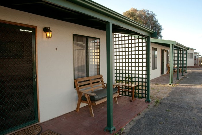 Moonta Bay Road Cabins and Cottages - Accommodation Main Beach