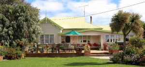 King Island Green Ponds Guest House - Accommodation Main Beach