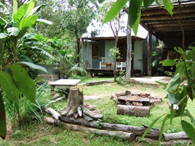 Ride On Mary Bush Cabin Adventure Stay - Accommodation Main Beach
