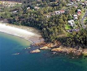 Gibsons by the Beach - Accommodation Main Beach