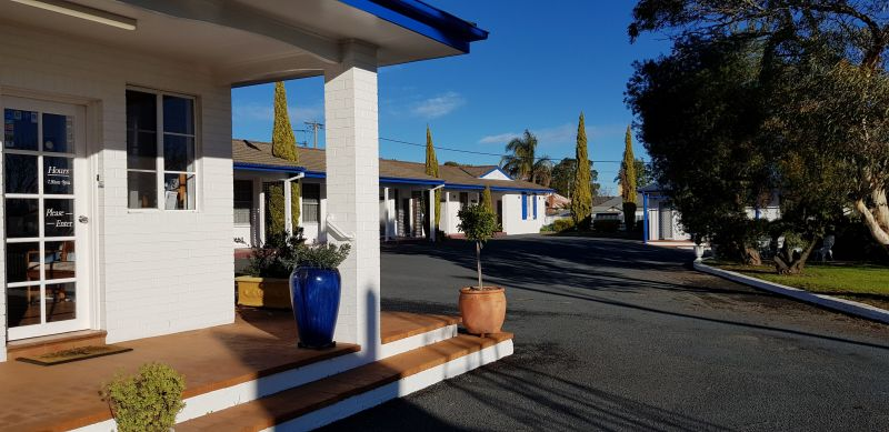 Colonial Motel - Accommodation Main Beach