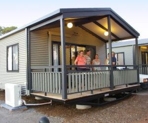Broken Hill Tourist Park - Accommodation Main Beach
