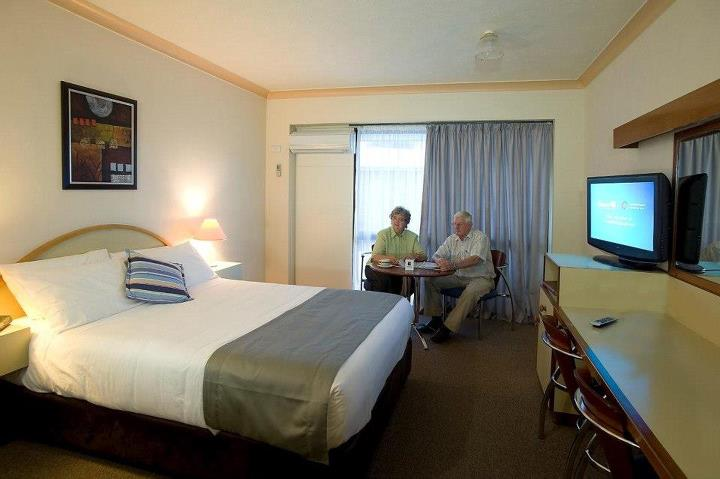 Longreach Motor Inn - Accommodation Main Beach