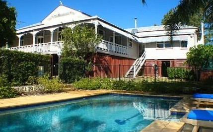 Wiss House Bed and Breakfast - Accommodation Main Beach