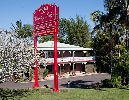 Country Lodge Motel - Accommodation Main Beach
