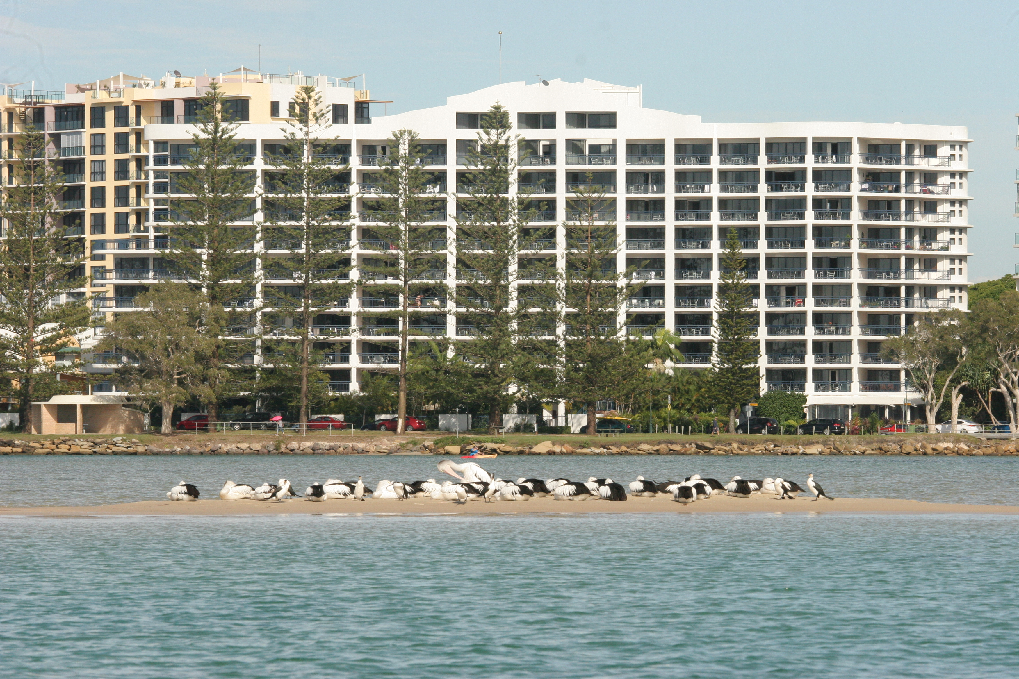Ramada Resort Golden Beach - Accommodation Main Beach