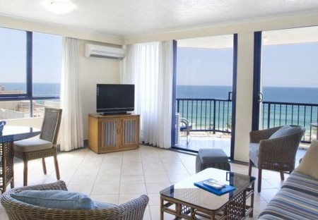 Surf Regency Apartments - Accommodation Main Beach