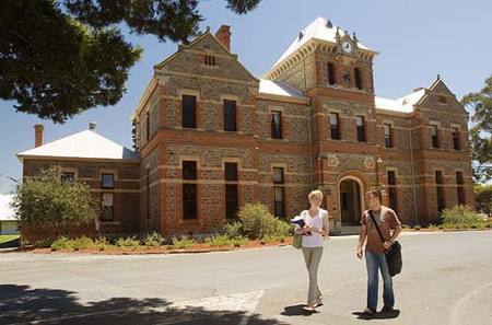 Roseworthy Residential College The University Of Adelaide - Accommodation Main Beach