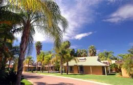 Sunraysia Resort - Accommodation Main Beach