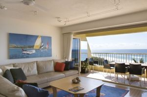 Costa Nova Holiday Apartments - Accommodation Main Beach