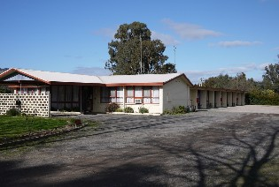 The Castle Creek Motel - Accommodation Main Beach