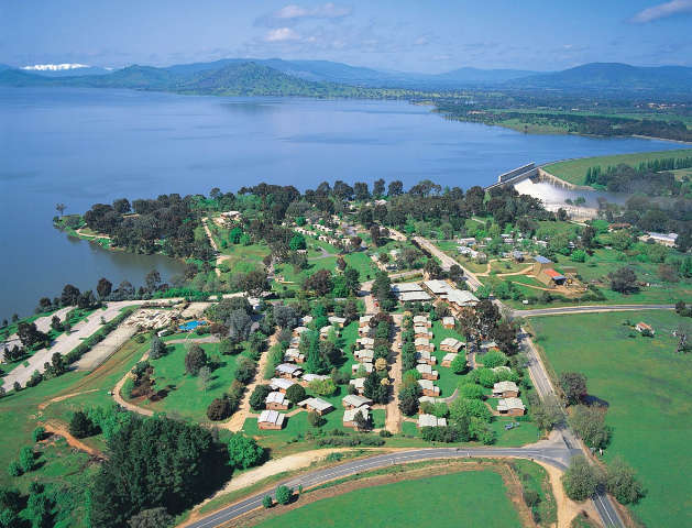 Lake Hume Resort - Accommodation Main Beach