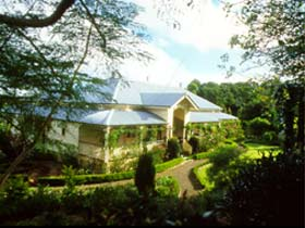 The Falls Rainforest Cottages - Accommodation Main Beach