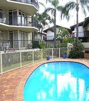 Bayview Beach Holiday Apartments - Accommodation Main Beach