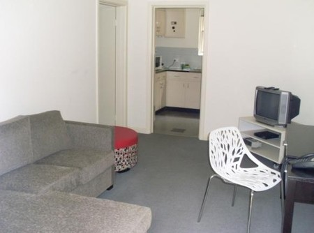 Darling Towers Executive Serviced Apartments - Accommodation Main Beach