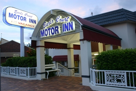 Earls Court Motor Inn - Accommodation Main Beach