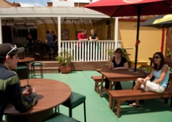 Jack Duggans Irish Pub - Accommodation Main Beach