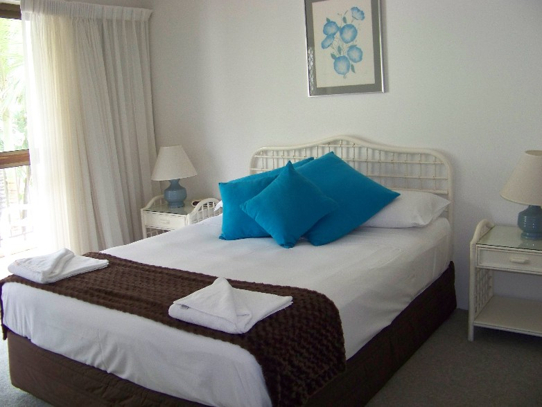 Old Burleigh Court Holiday Apartments - Accommodation Main Beach