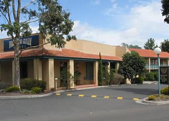 Ferntree Gully Hotel Motel - Accommodation Main Beach