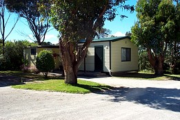 Bass Caravan Park - Accommodation Main Beach