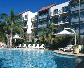 Esplanade River Suites - Accommodation Main Beach