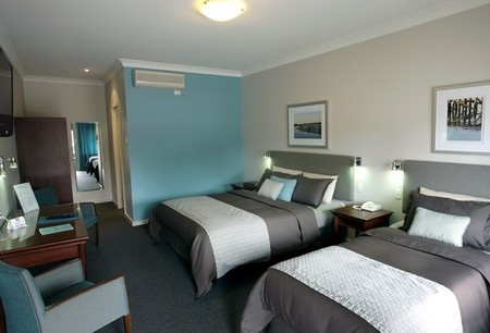 Pastoral Hotel Motel - Accommodation Main Beach