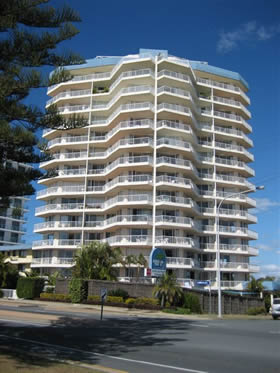 Meridian Tower - Accommodation Main Beach
