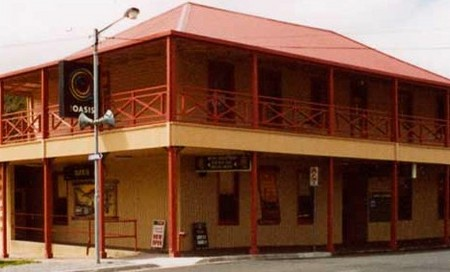 Mount Lyell Motor Inn - Accommodation Main Beach