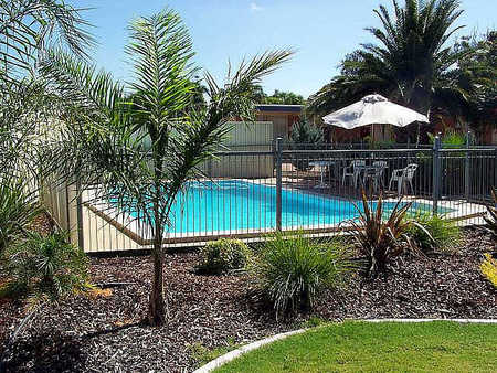 Renmark Motor Inn - Accommodation Main Beach